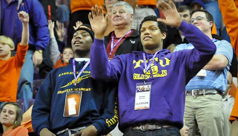 Williams (left) on a recent visit to Clemson with fellow defensive end target Isaac Rochell.