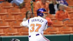 Bradley's last-gasp homer lifts Tigers in thriller over USC Upstate