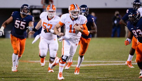 Chad Kelly completes his 38-yard touchdown run Saturday