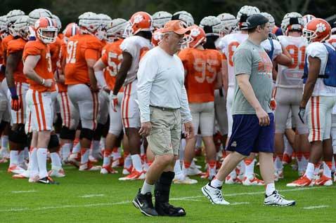Monday afternoon Orange Bowl practice observations