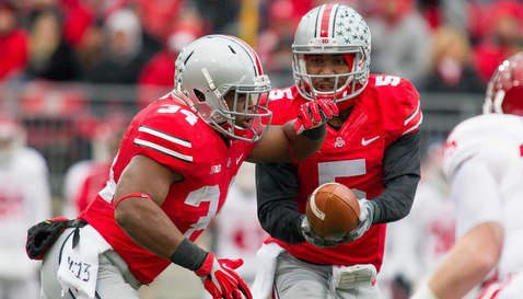 Ohio State's Braxton Miller hands off to running back Carlos Hyde. <span style=
