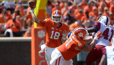 Stoudt played in eight games last season and completed 47-of-59 passes for 415 yards and five TDs.