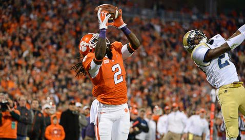 Sammy Watkins hauls in the TD pass from Tajh Boyd in the first half