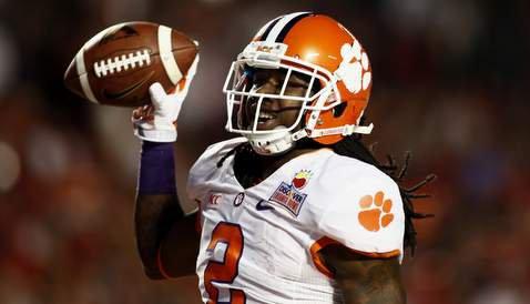 Watkins has eight receptions for 130 yards (Photo: Joshua S. Kelly)