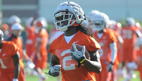 Sammy Watkins wearing the new Guardian Caps at practice on Friday. (TigerNet Staff)
