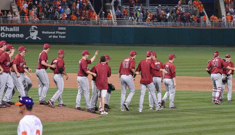 Gamecocks rally in ninth to sweep Tigers