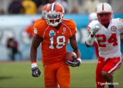 Former Clemson DB signs with Bucs