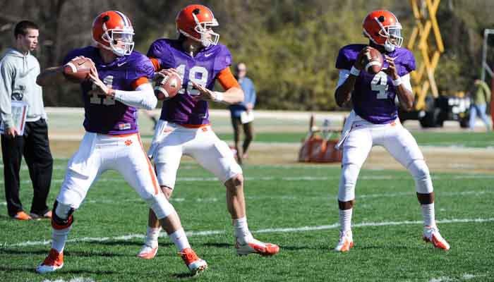 Scrimmage news and notes: Three quarterbacks do battle
