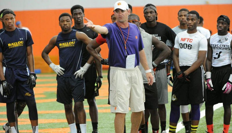 Jeff Scott will coach receivers and be the co-offensive coordinator next season