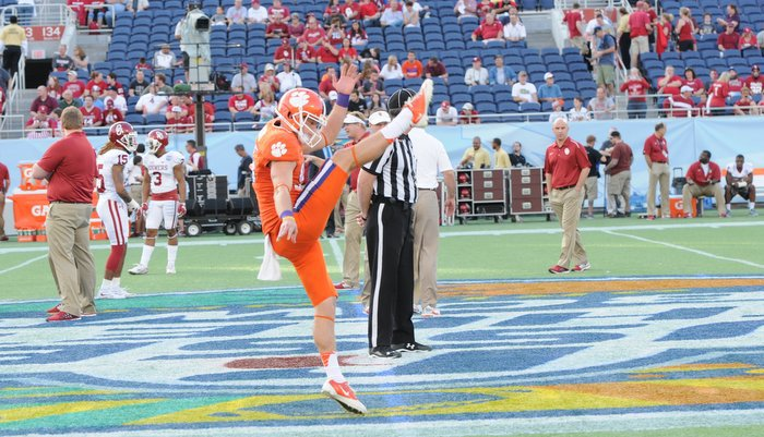 Andy Teasdall in pregame warmups at the Russell Athletic Bowl