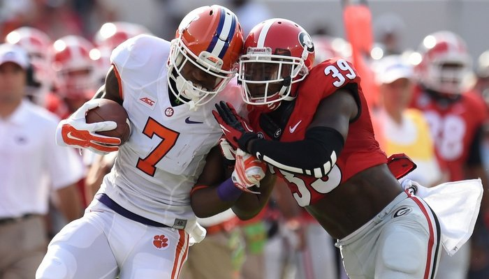 Mike Williams had three catches for 88 yards. (Photo by Dale Zanine)
