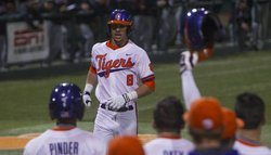Clemson routs Western Carolina in offensive explosion