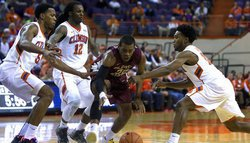 Comeback falls short as Noles top Tigers
