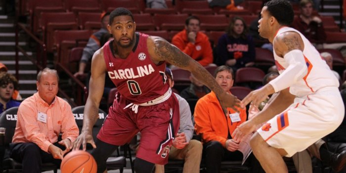 Clemson rally falls short against South Carolina