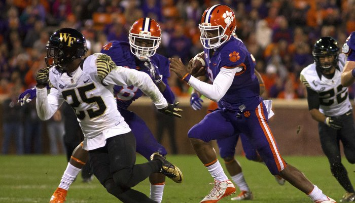 Kelly Bryant led Clemson with eight carries for 58 yards (Photo by Dawson Powers, USAT)