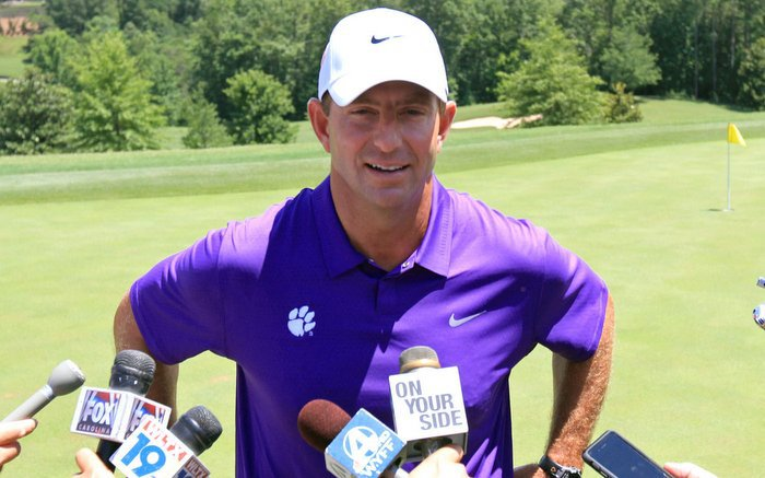 Swinney meets with the media Wednesday at his annual media golf outing (Photo by Mark Crammer)