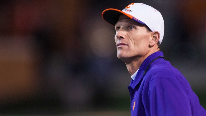 Venables gave his defense an honest assessment this week (Photo by Jeremy Brevard, USAT)