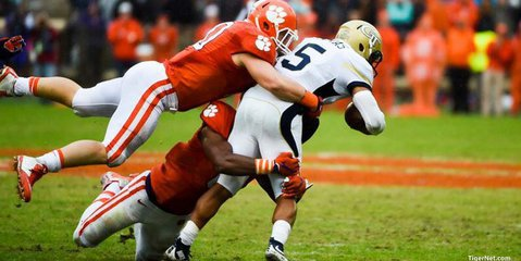 Ben Boulware and Clemson's defense held Tech's rushing attack in check