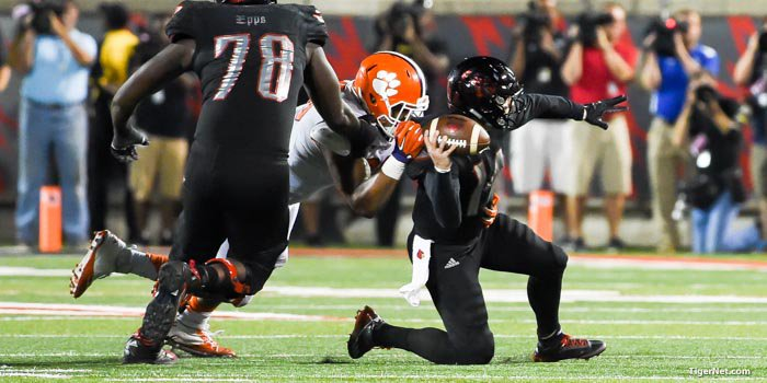 Dodd's sack at Louisville helped the Tigers capture a road win