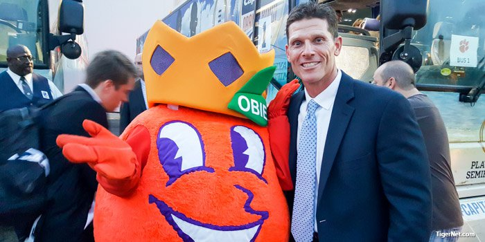 Brent Venables poses with Obie, the Orange Bowl mascot