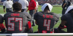 Photo: Lamar and Smith together at UA Game