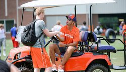 Offers starting to flow out of Swinney's camp during second day