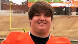 Clemson stands out early for Georgia lineman