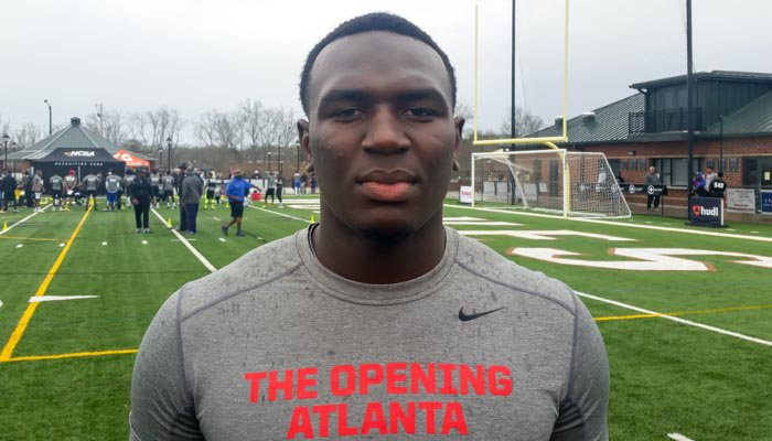 Four-star defensive end has