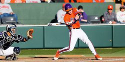 Bat Wars: Tigers happy with switch from Easton to DeMarini