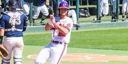 Greene's single pushes Tigers to 4-3 series win over Pitt