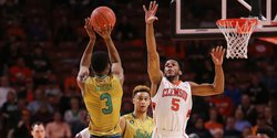 Irish shoot their way to victory over Clemson