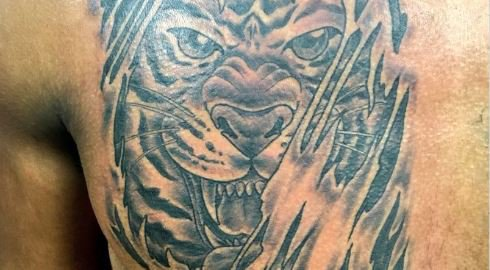 Clemson WR commit 'ALL-In' with Tiger tattoo