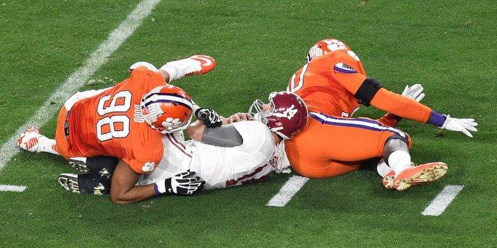 Dodd piled up three sacks against Alabama (Photo by Gary Vasquez, USAT)