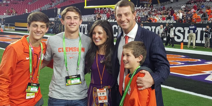 Swinney poses with his family prior to the National Championship