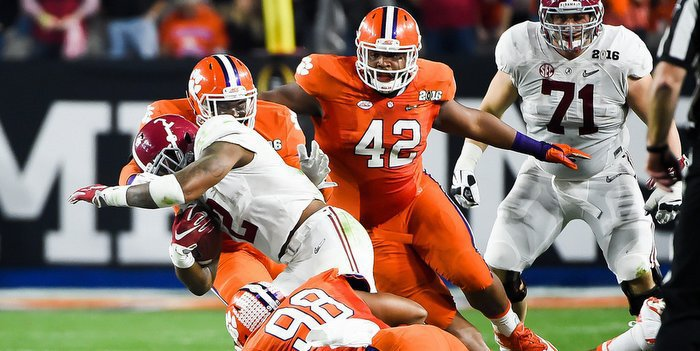 Christian Wilkins will anchor a young Clemson defense in 2016.