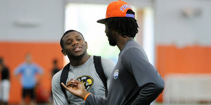 Artavis Scott and Mike Williams will be together again in 2016