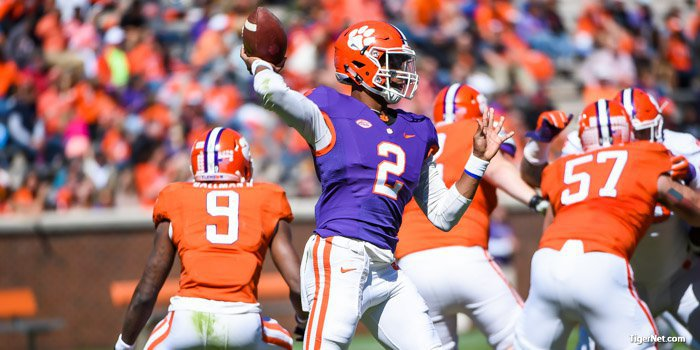 Kelly Bryant delivers a pass during Saturday's spring game