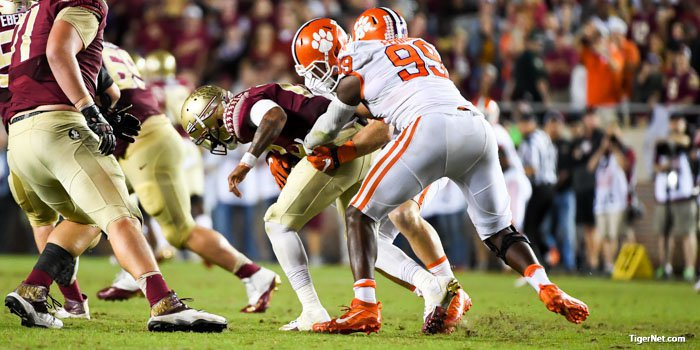 Clelin Ferrell and the Clemson defense sacked Francois six times