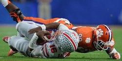 Instant halftime analysis: Clemson leads Ohio St. 17-0 at the half