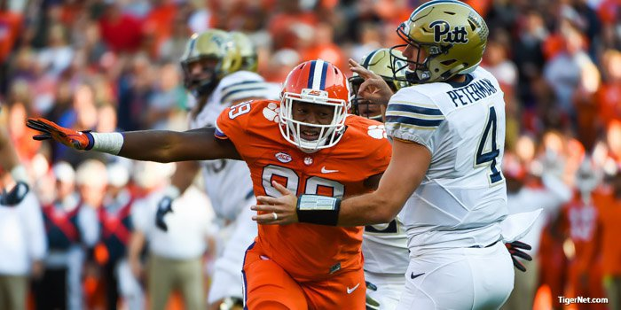 Clemson dropped to 12th in points allowed at 18.4 after ranking 8th last week.