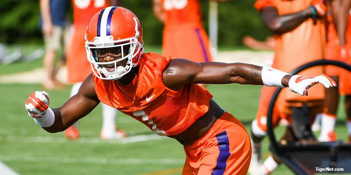 Trayvon Mullen has a chance to start at one of the corner spots