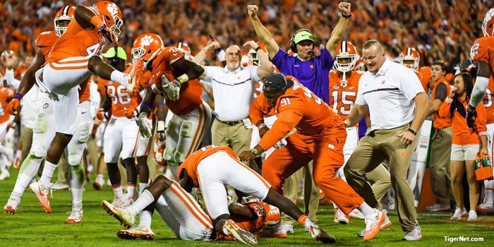 Clemson defensive coordinator Brent Venables reacts to the outcome