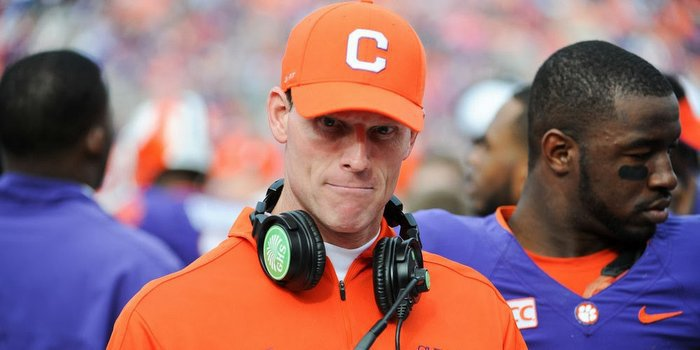 Venables stays intense, even when he's injured