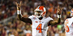 Deshaun Watson named semifinalist for Davey O'Brien Award