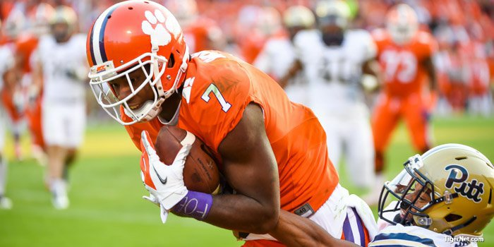 Mike Williams set career highs for receptions (15) and receiving yards (202) against Pitt.