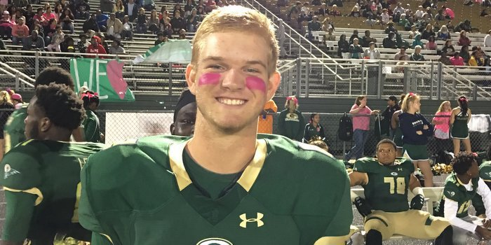 4-star QB officially signs with Clemson