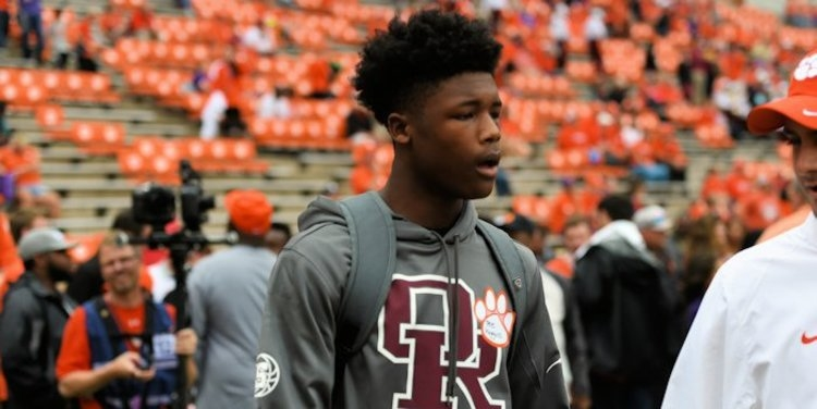 Tee Higgins announces his top five, and a leader