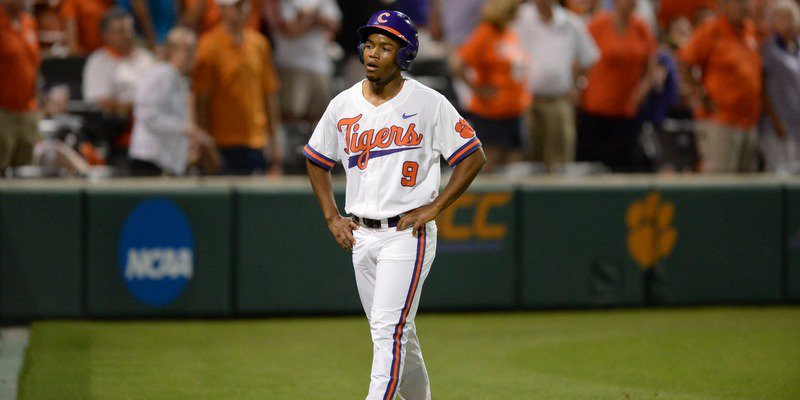 Jordan Greene stands in shock after being called out (Photo by David Grooms)