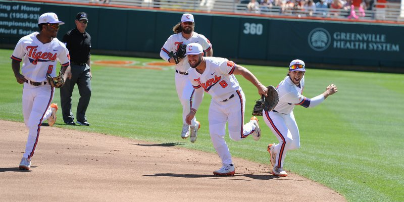 Get out the brooms: Pinder's catch propels Tigers to three-game sweep