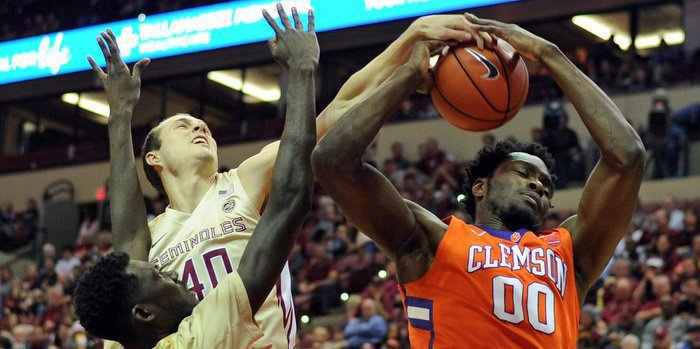 Legend Robertin battling for points late in the loss to FSU (Photo by Melina Vastola, USA Today)